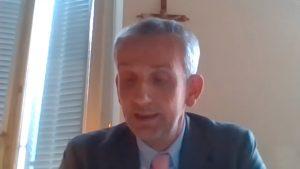 Mario Hubler e crocifisso